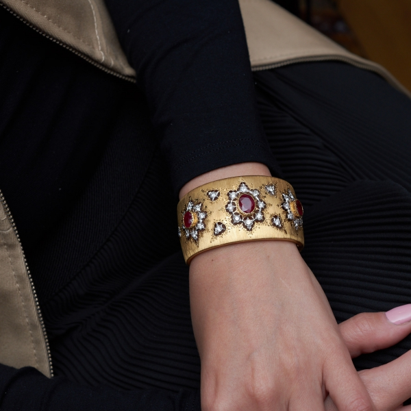 Lot 817 bangle by Mario Buccellati