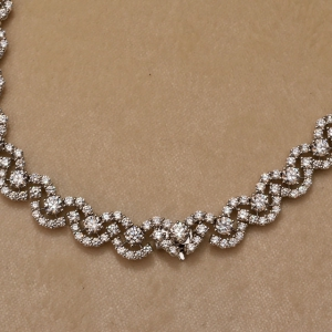 Green Carpet collection - necklace
