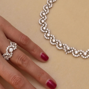 Green Carpet collection - ring and necklace