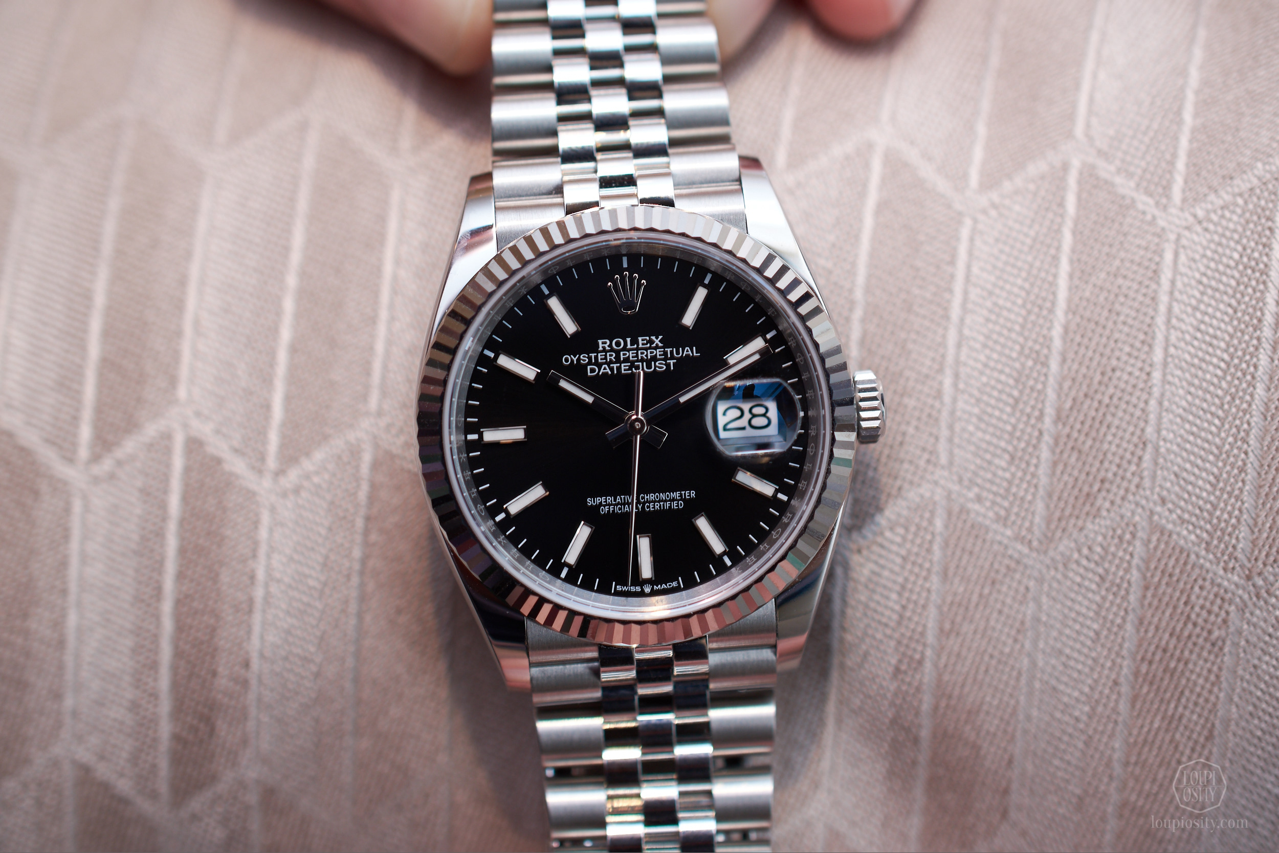Rolex Datejust 36 - Rolesor Oystersteel and white gold with black dial