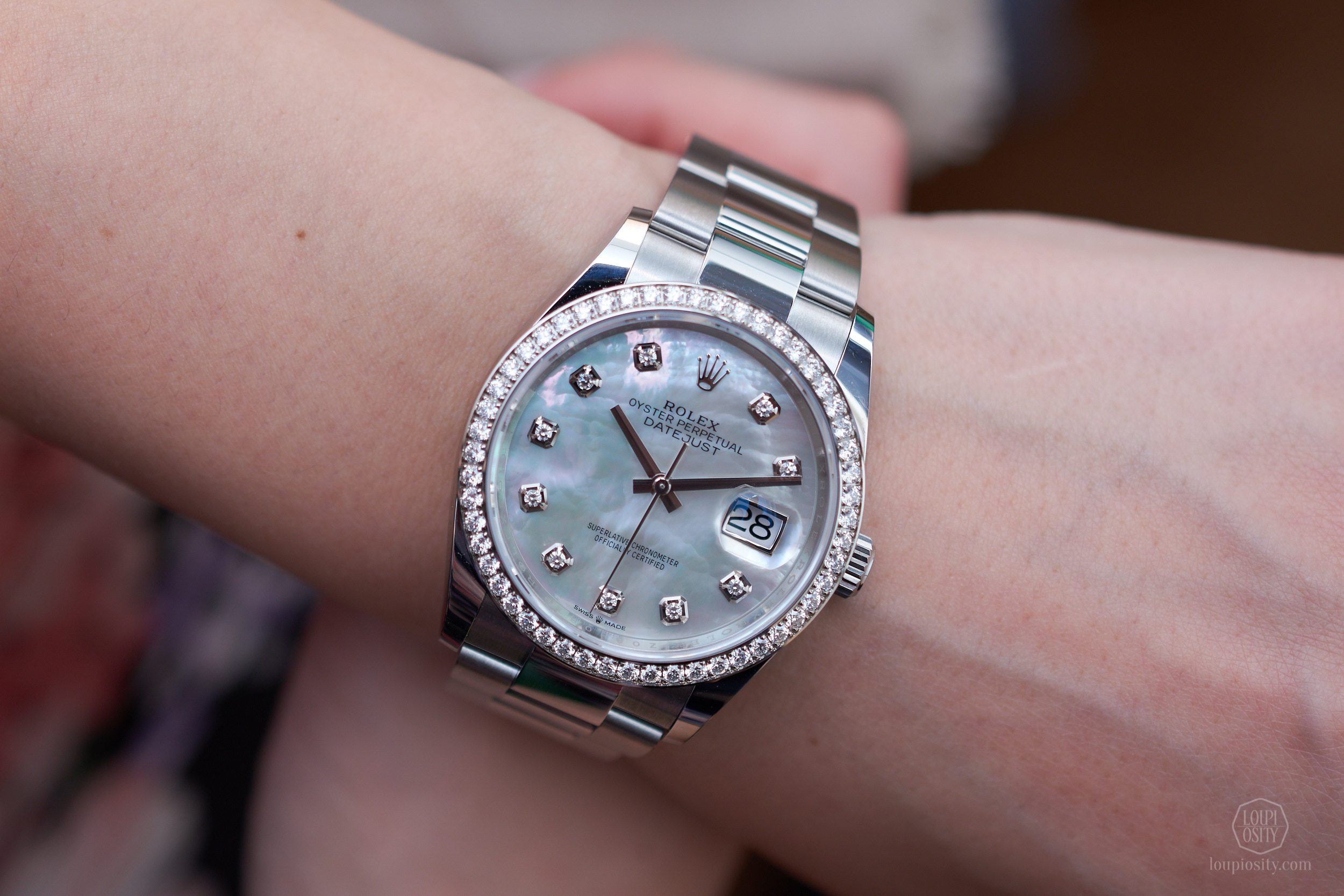 Rolex Datejust 36 - Rolesor Oystersteel and white gold with mother-of-pearl dial