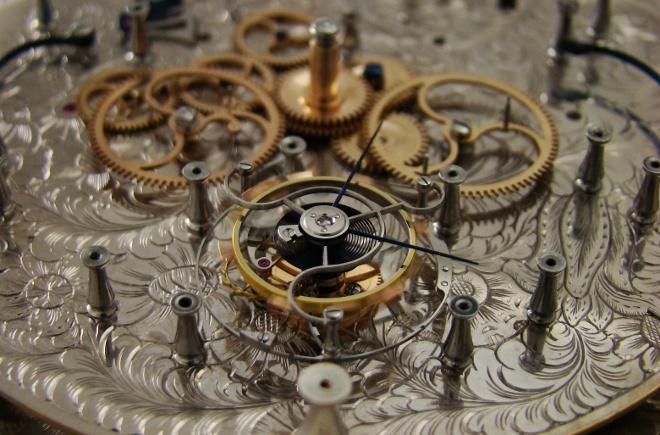 t2_chronometer-tourbillon