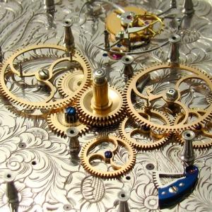 t2_underdial_gold-wheels
