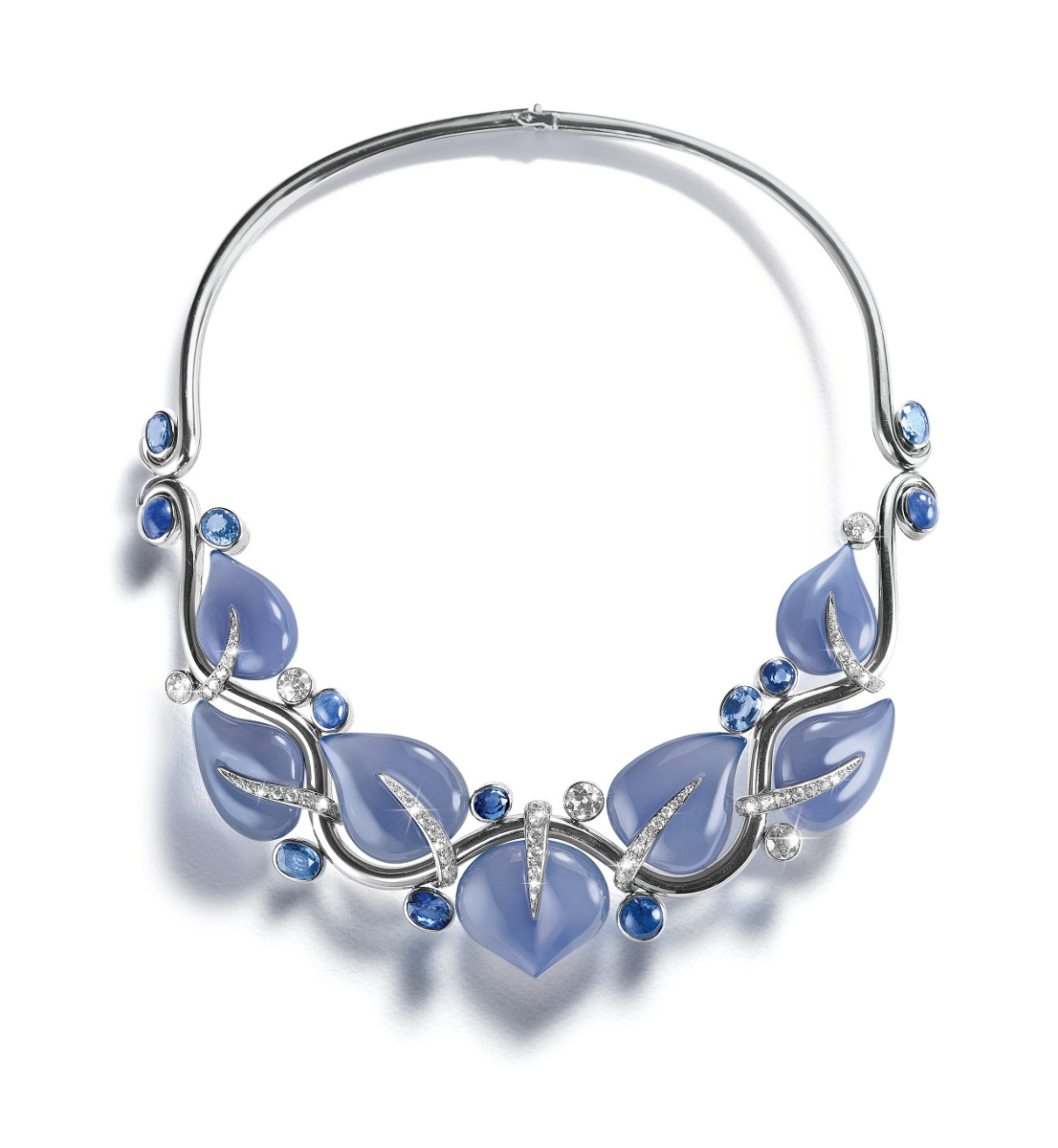 leaves-necklace_chalcedony-sapphire_front_16_small