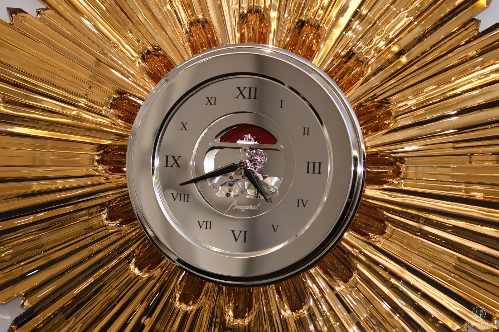 Sun Clock, L'Epée & Baccarat