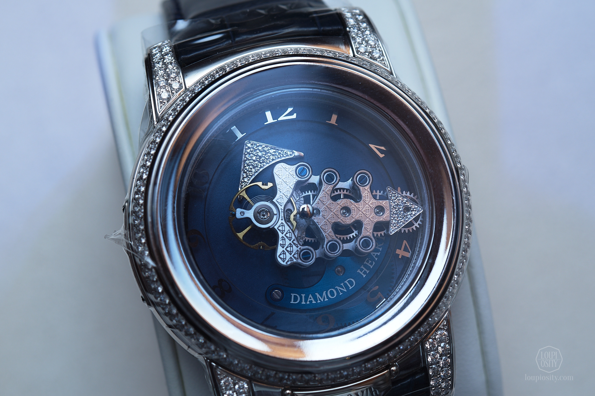 Ulysse Nardin Freak 28'800 V/h Diamond Heart