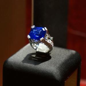 diamonds-sapphire-18-12ct
