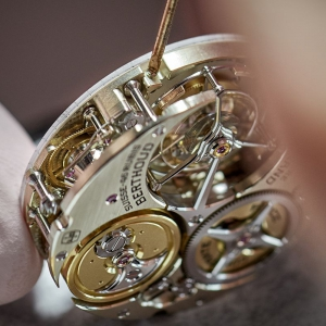 chronometer-ferdinand-berthoud-fb-1_-assembling-3_result
