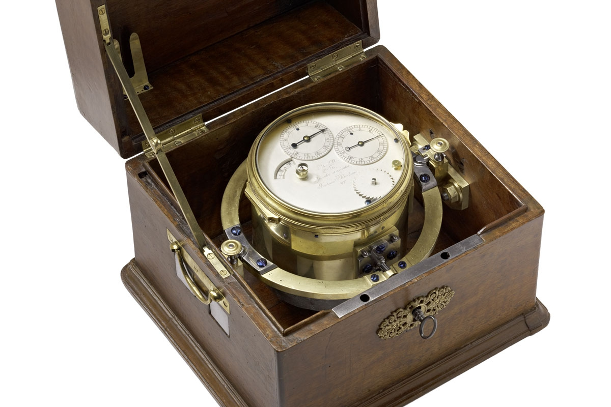 marine-chronometer-fb