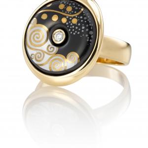 Gustav Klimt, Luna ring