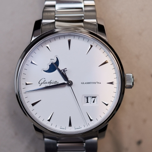 Senator Excellence Panorama Date, Moonphase