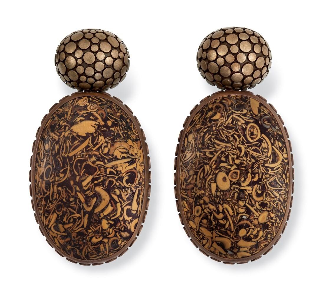 hemmerle-earrings-fossil-shellstones-gold-bronze-0220-15