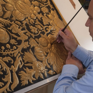 6-sebastiaan-van-soest_painting-the-gilded-leather