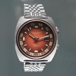 Aquatimer, red dial