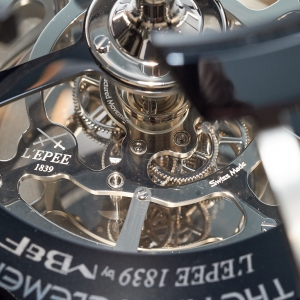 The observation ring and its movement underneath - MB&F and L'Epée - The Fifth Element