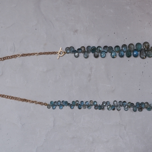 Aquamarine chain