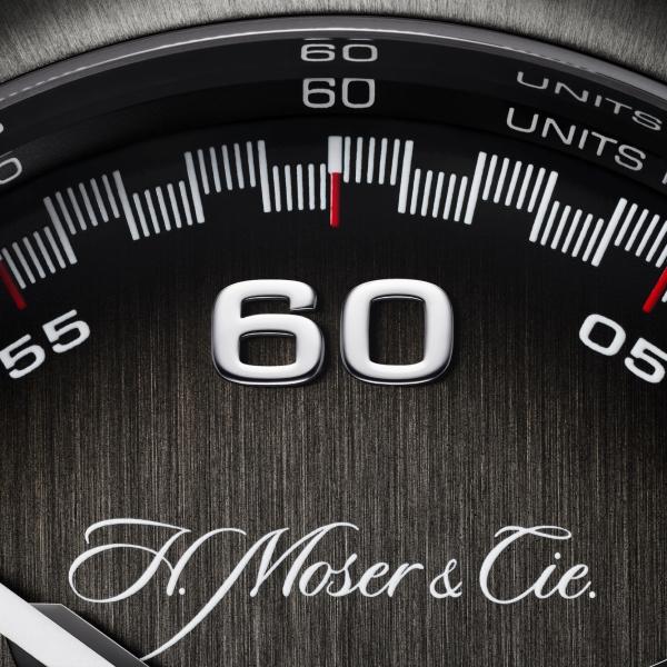 H. Moser & Cie Streamliner - fumé dial