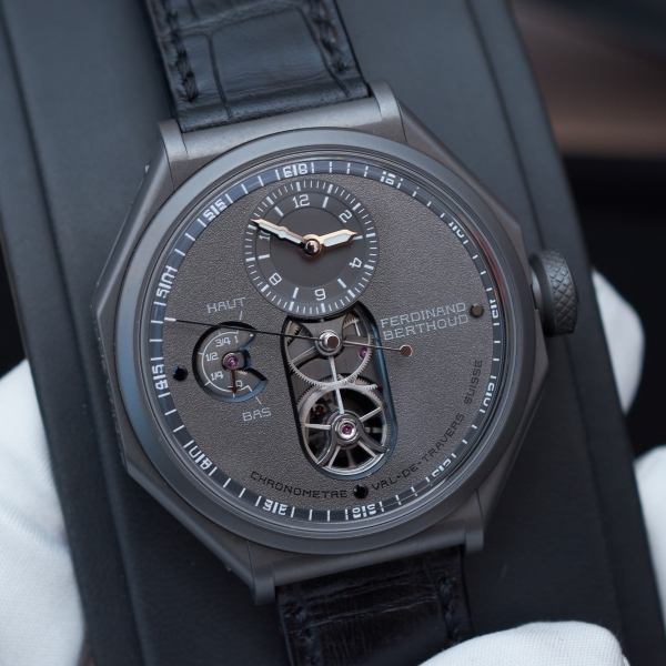 Ferdinand Berthoud Chronomètre FB 1 – Night Star, sandblasted anthracite-ceramised titanium case