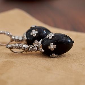 Earrings with Afzelia seeds