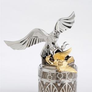 """The art of falconry"" clock"