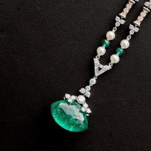 Zamarat Necklace