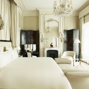ritz-paris-hotel-suite-coco-chanel_0