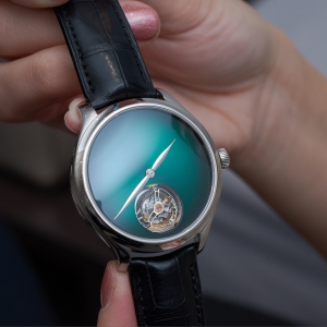 Endeavour Tourbillon Concept Cosmic Green