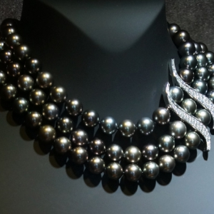 jackiewhite-gold-diamonds-tahitian-pearls