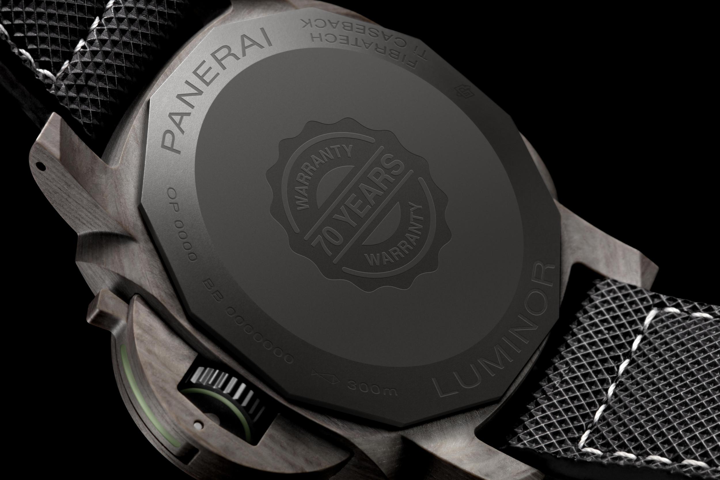 Officine Panerai Luminor Marina Fibratech™ 44 mm  (PAM01119) - caseback
