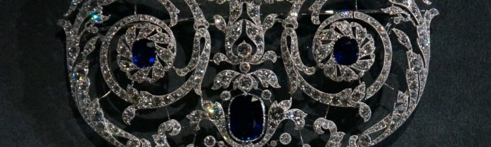 """Cartier at the Grand Palais – """"Collection les must"""""""