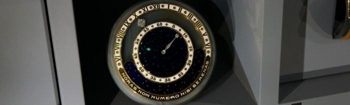 Cartier at the Grand Palais – Mystery clocks