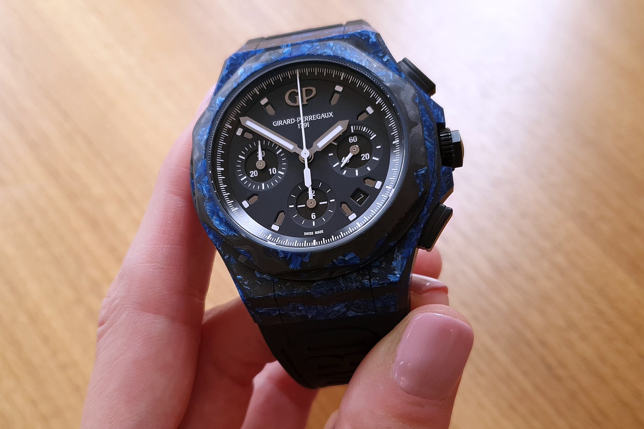 Girard-Perregaux Laureato Absolute Rock