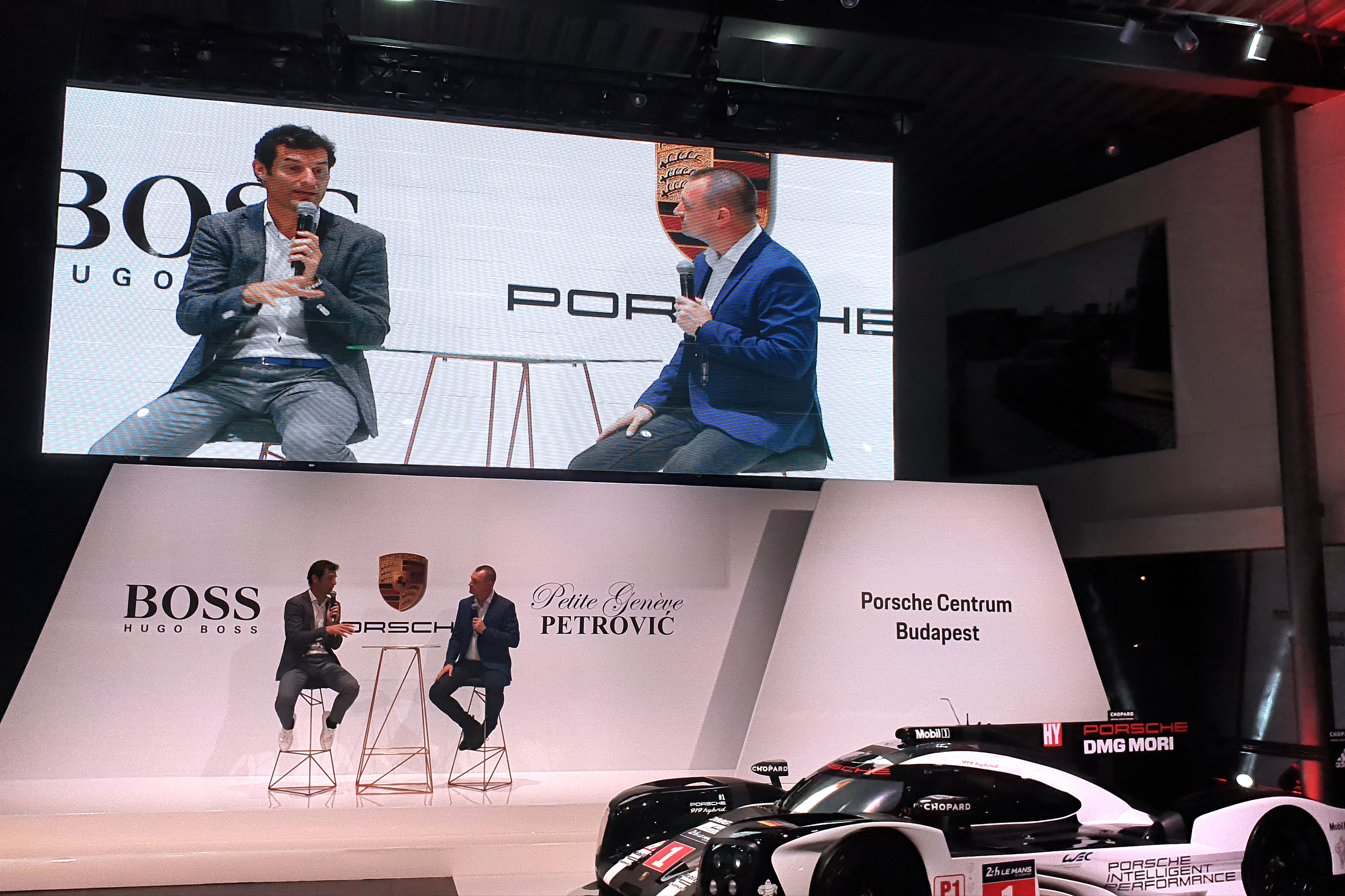Mark Webber at Porsche Centrum Budapest
